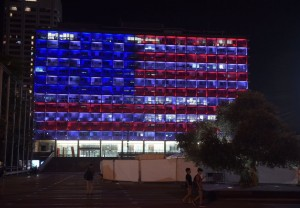 The Tel Aviv-Yafo municipality building wears the colors of the American flag in a show of solidarity with Americans reeling from the Las Vegas shooting.